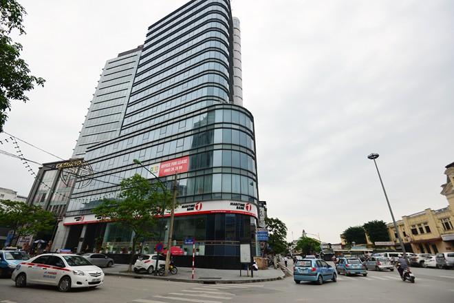 Vị trí: Nằm tại 115 Trần Hưng Đạo, tuyến đường hai chiều rộng và thoáng có  mật độ phương tiện giao thông tương đối cao của khu vực trung tâm Hà Nội,  ...